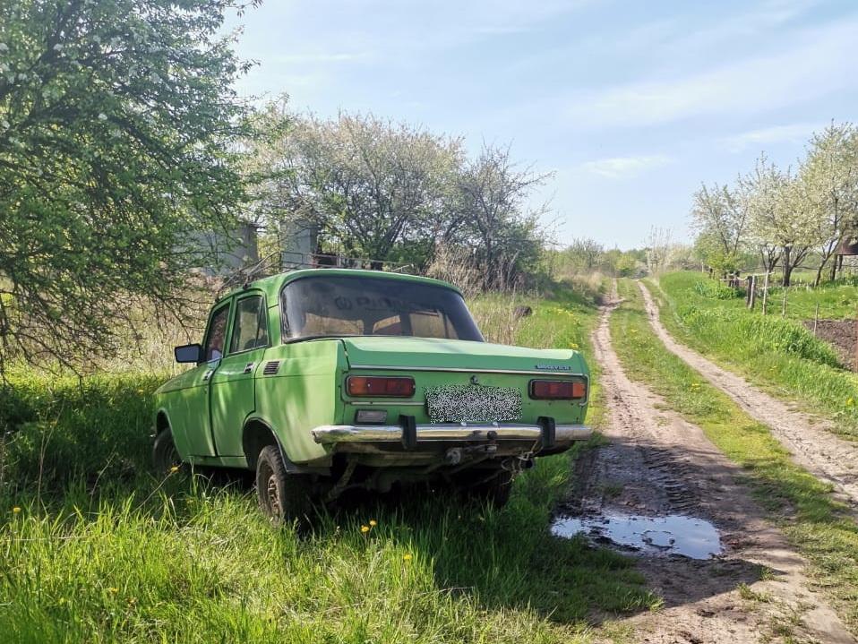 В Сумах подростки угнали автомобиль