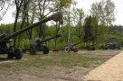 В Спадщанском лесу много места для военной техники. Тут самое богатое в Сумской области ее собрание.